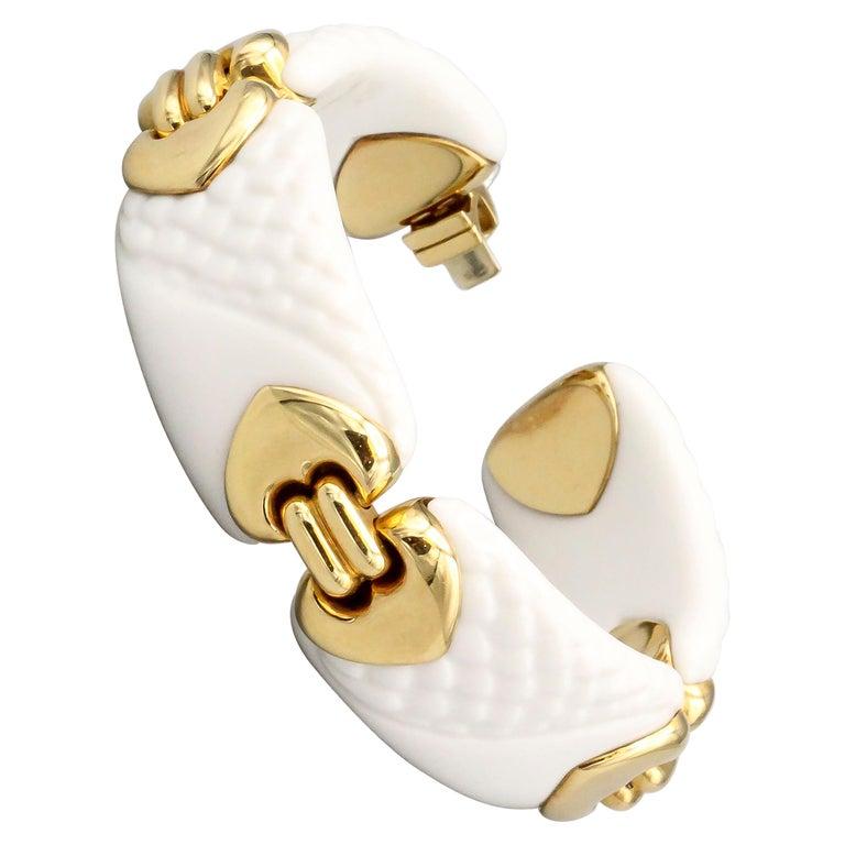 Bulgari Chandra Porcelain 18k Gold Bracelet For Sale