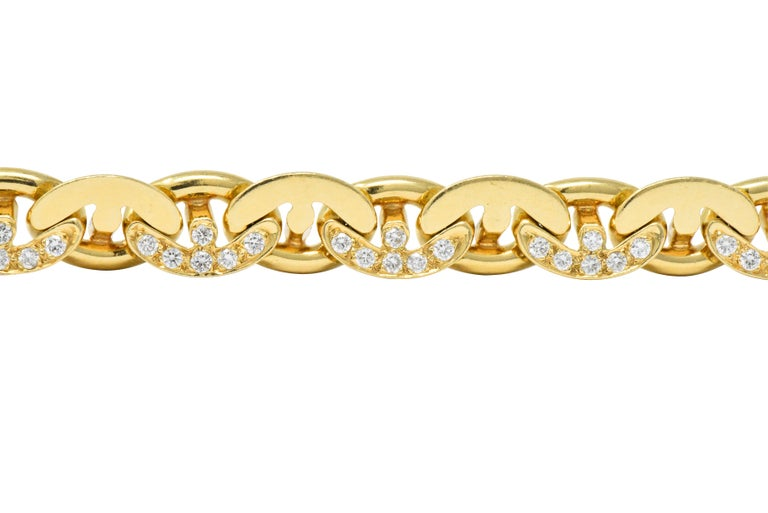 Bulgari Contemporary 2.10 Carat Diamond 18 Karat Gold Link Bracelet In Excellent Condition For Sale In Philadelphia, PA