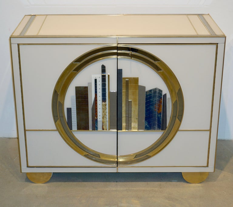 Italian Contemporary Bespoke Ivory Cabinets with New York Blue & Gold Sculpture For Sale 6