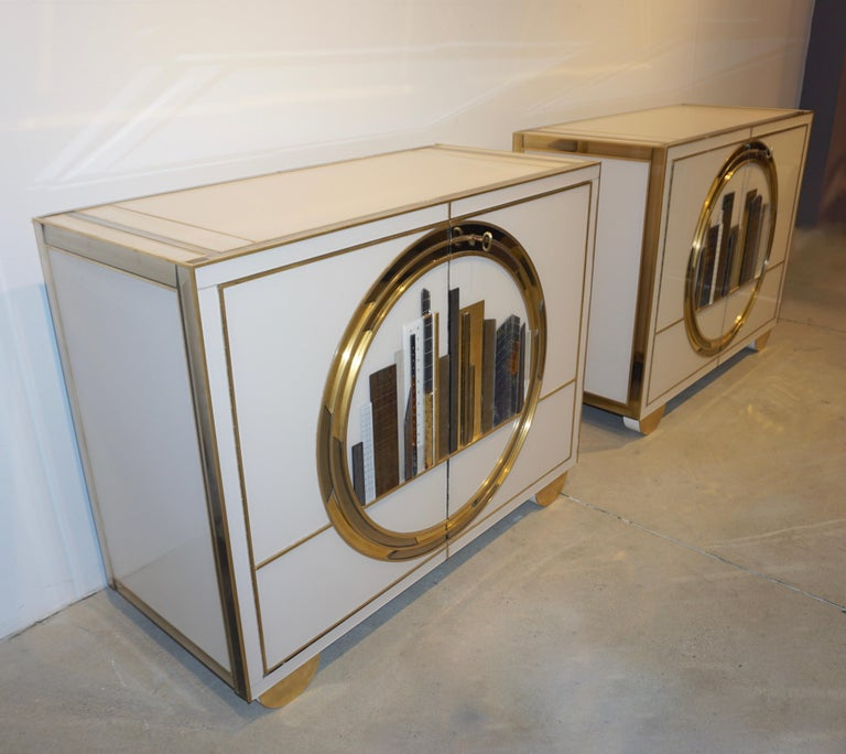 Modern Italian Contemporary Bespoke Ivory Cabinets with New York Blue & Gold Sculpture For Sale