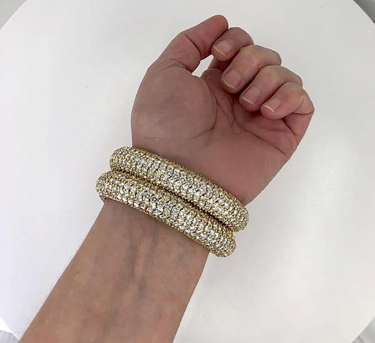 Bulgari Diamond Flexible Bracelet In Good Condition For Sale In New York, NY