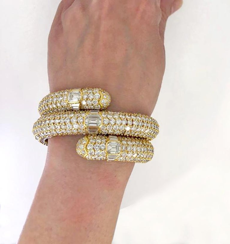 Women's Bulgari Diamond Flexible Bracelet For Sale