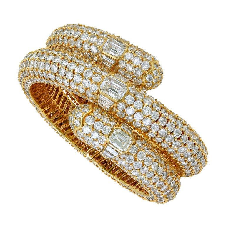 Bulgari Diamond Flexible Bracelet For Sale