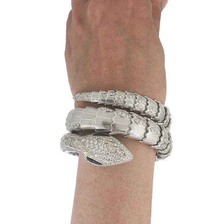 Round Cut Bulgari Diamond Onyx Serpenti Watch For Sale