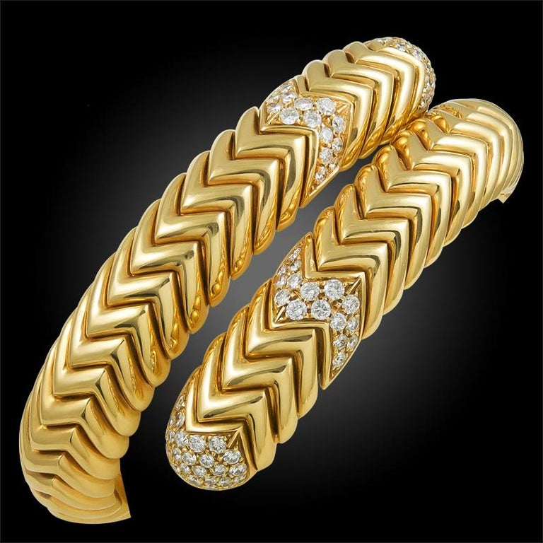 18k yellow gold diamond spin bracelet, signed Bulgari.