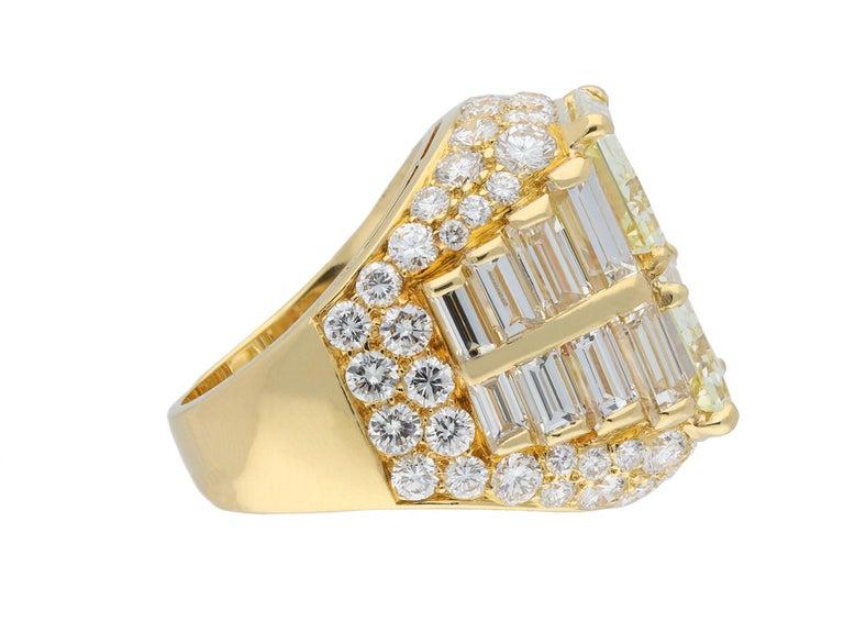 Bulgari Diamond 'Trombino' Ring, Italian, circa 1970 In Good Condition For Sale In London, GB