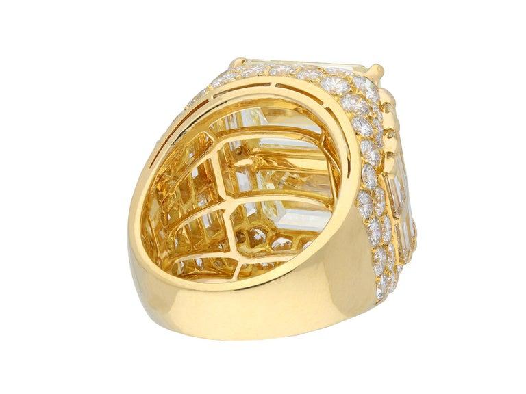 Women's or Men's Bulgari Diamond 'Trombino' Ring, Italian, circa 1970 For Sale