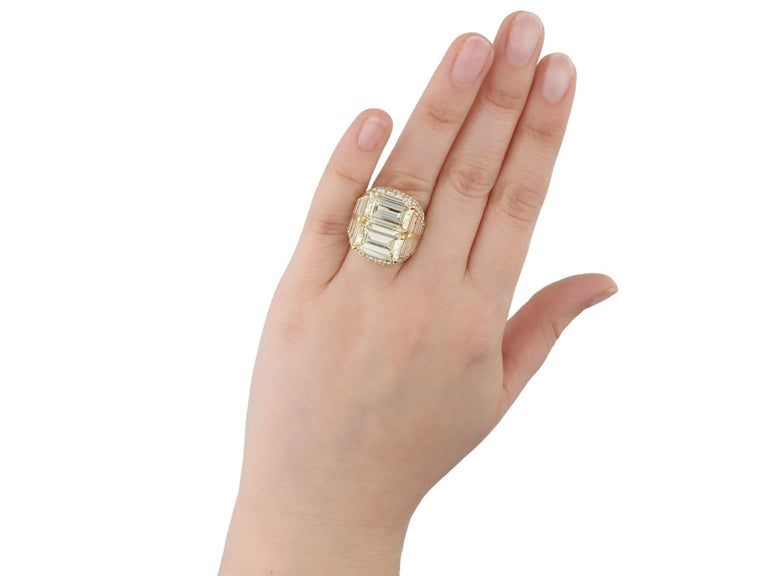 Bulgari Diamond 'Trombino' Ring, Italian, circa 1970 For Sale 3