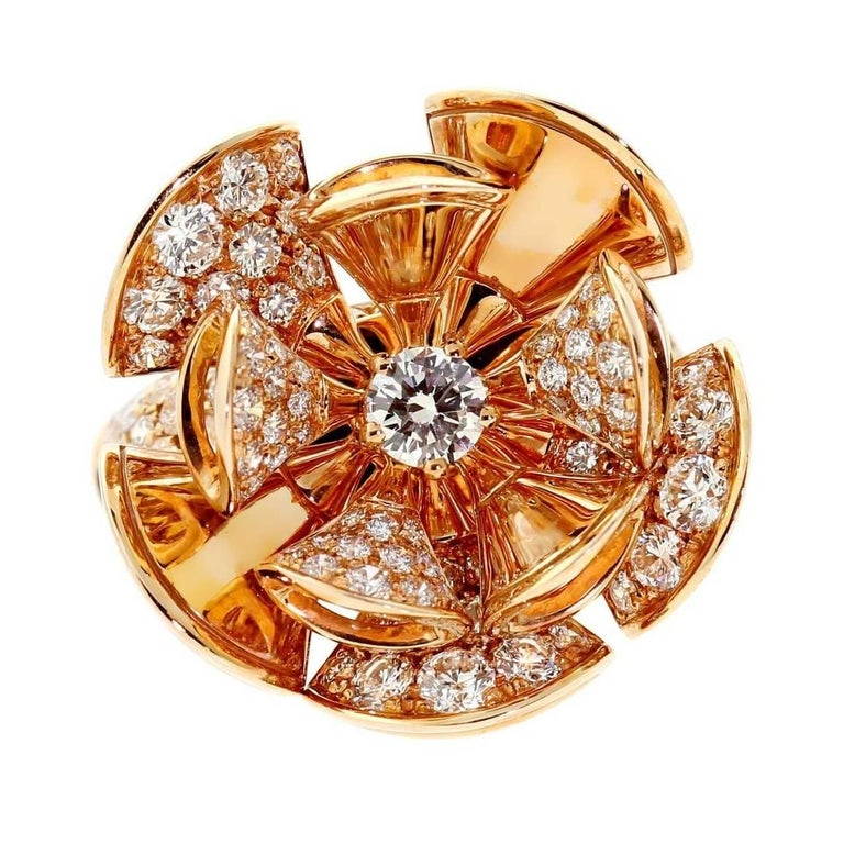 A magnificent Bulgari Diva Dreams ring adorned with 117 of the finest Bulgari round brilliant cut diamonds weighing 3.07ct set in 18k rose gold.  Sku: 356