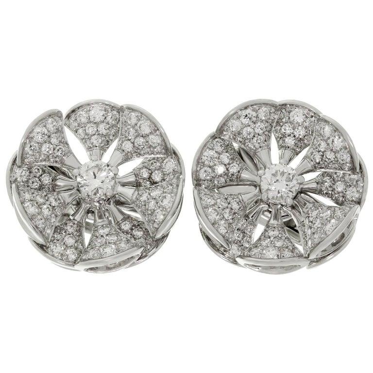 Bulgari Divas' Dream Diamond White Gold Flower Earrings For Sale