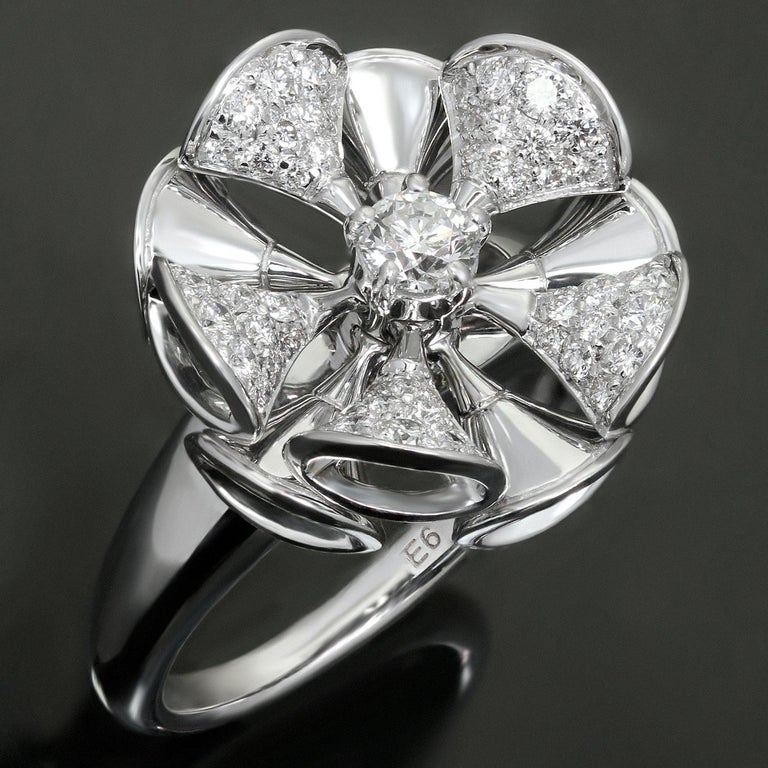 This exquisite Bvlgari ring from the sophisticated Divas' collection features a floral design crafted in 18k white gold and set with brilliant-cut round D-F VVS2-VS1 diamonds. Made in Italy circa 2010s. The Divas' Dream collection is inspired by