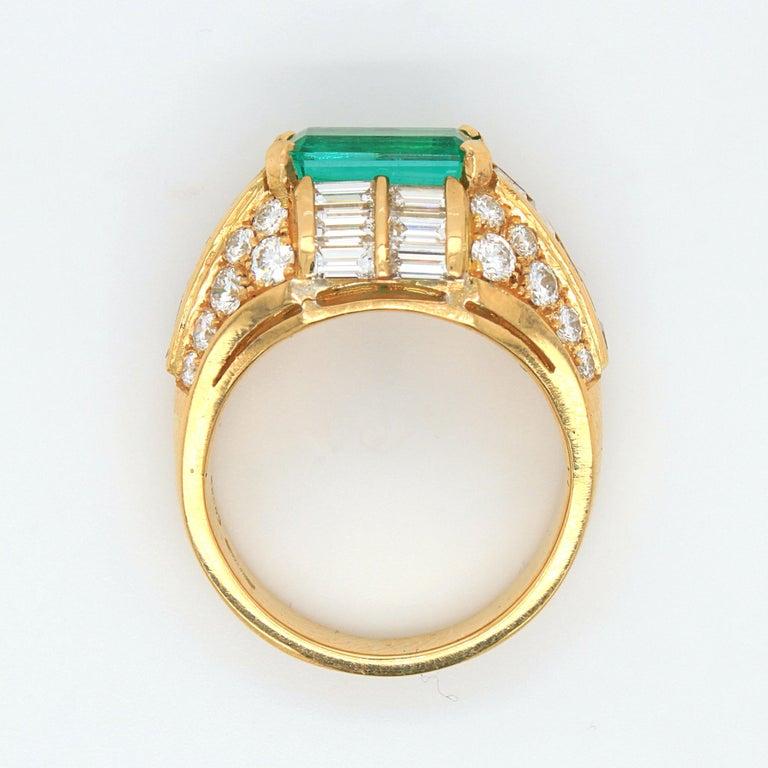 Bulgari Emerald and Diamond Trombino Ring, ca. 1970s For Sale 6