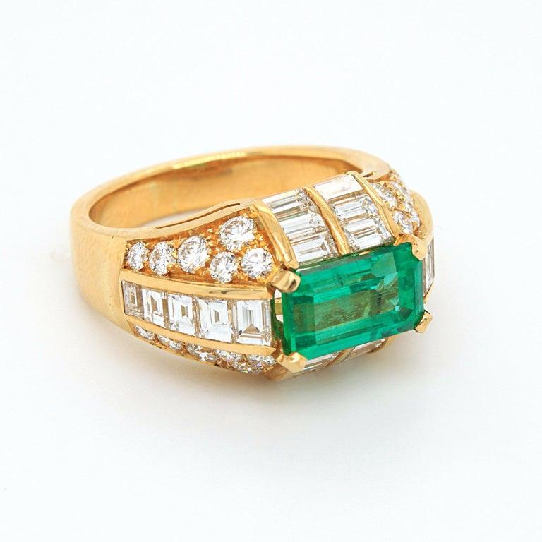 Bulgari Emerald and Diamond Trombino Ring, ca. 1970s For Sale 4