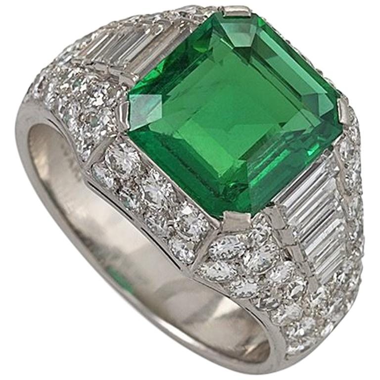 Emerald, diamond and platinum Trombino ring, early 21st century, offered by Macklowe Gallery Jewelry