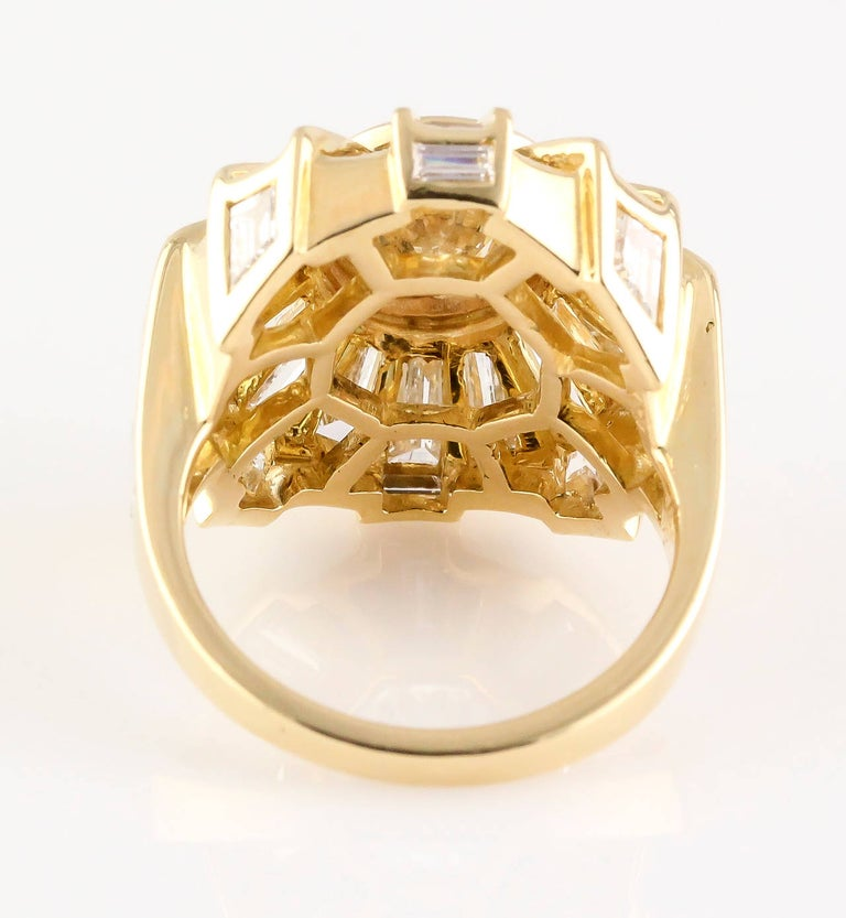 Bulgari Estate Diamond and 18 Karat Gold Cocktail Ring For Sale 1