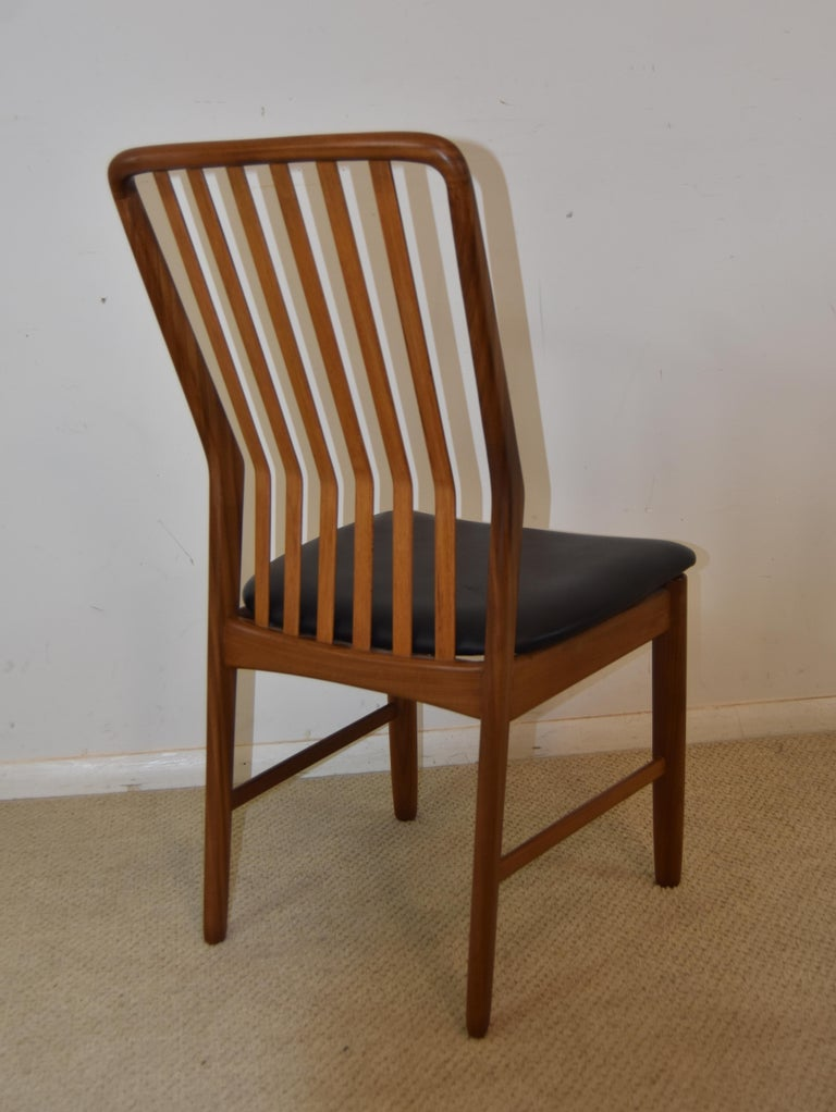 Pair of Mid-Century Modern Danish Teak Moreddi Chairs In Good Condition For Sale In Toledo, OH