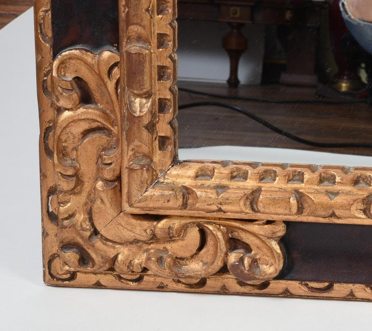 Italian Mid-20th Century Giltwood Framed Hanging Wall Mirror For Sale
