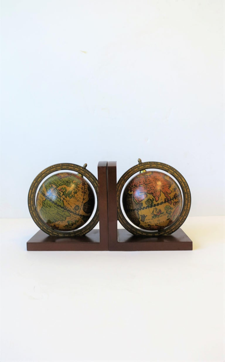 Wood Pair of Midcentury Italian World Globe Bookends For Sale