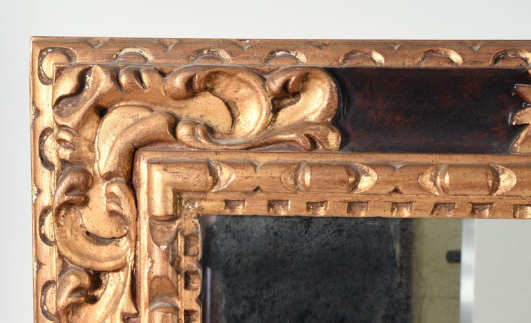 Late 20th Century Mid-20th Century Giltwood Framed Hanging Wall Mirror For Sale