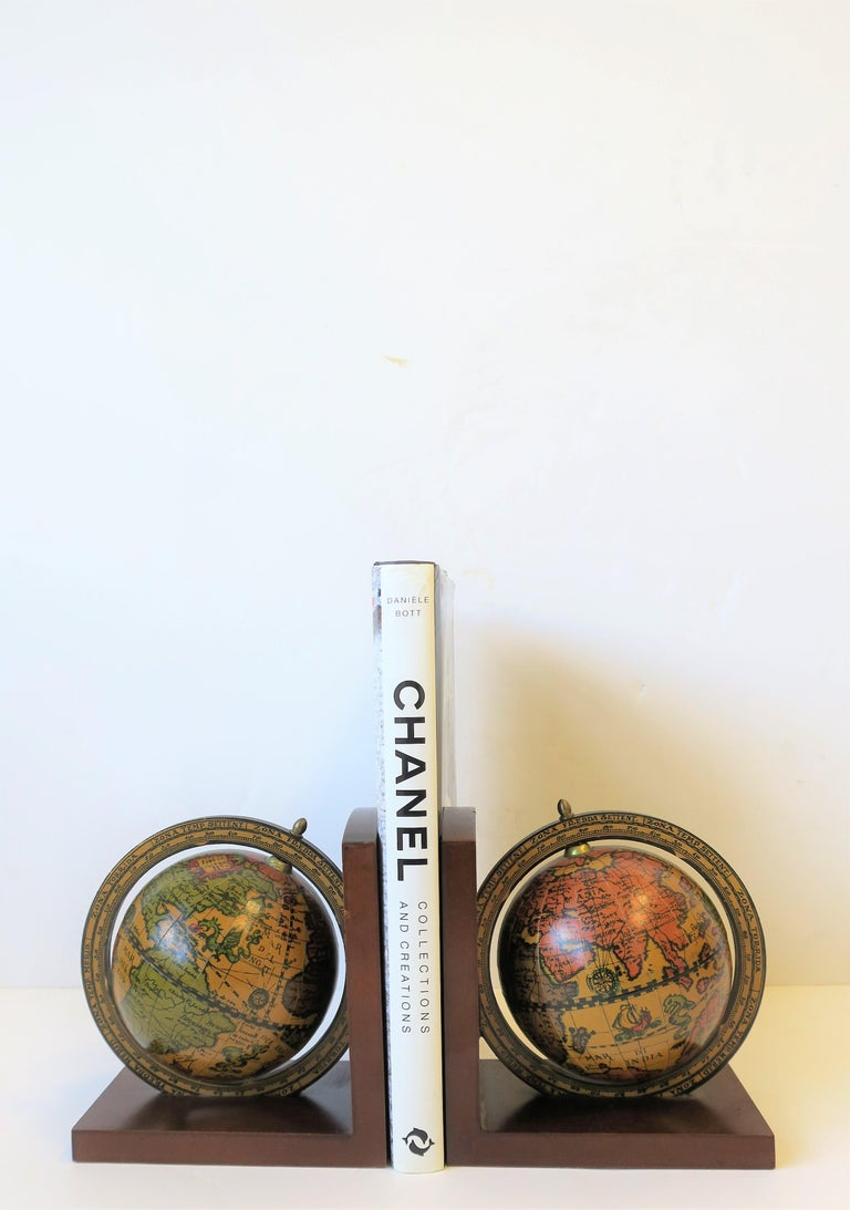 Pair of Midcentury Italian World Globe Bookends For Sale 3