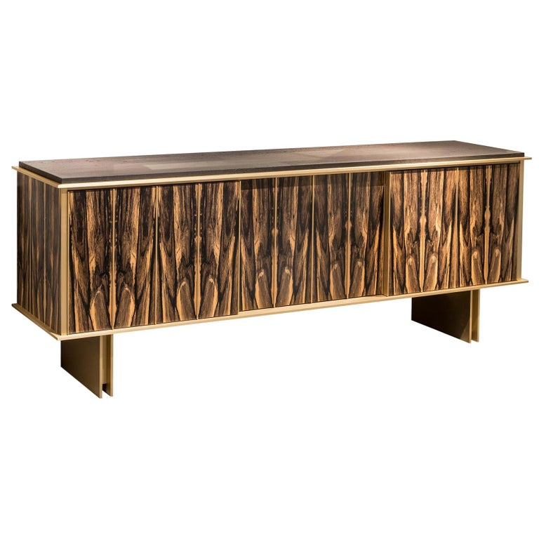 Contemporary Plumage Sideboard in Royal Ebony Veneer and Brushed Brass Elements For Sale
