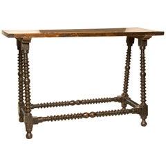 Tisch für Spanischen Schreibtisch, Nussbaumholz, Spanien, 17. Jahrhundert