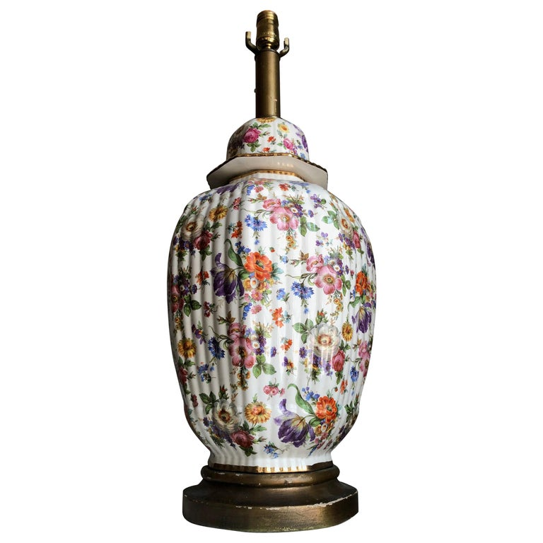 Chinoiserie Porcelain Gilt Floral Ginger Jar Hand-Painted Table Lamp, Monumental For Sale