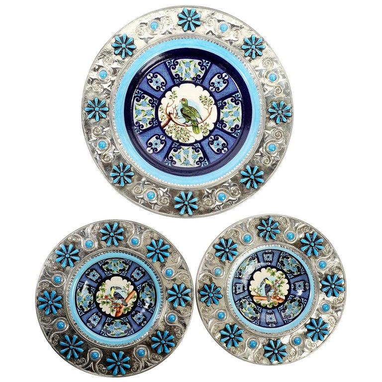 Ceramic and White Metal 'Alpaca' Toucans and Parrot Set of Plates For Sale