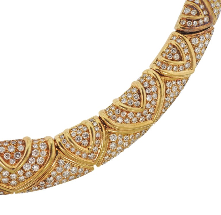 Round Cut Bulgari Magnificent 28 Carat Diamond Yellow Gold Necklace For Sale