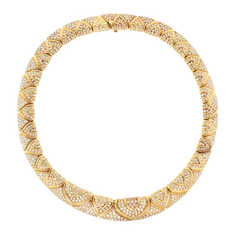 Bulgari Magnificent 28 Carat Diamond Yellow Gold Necklace For Sale
