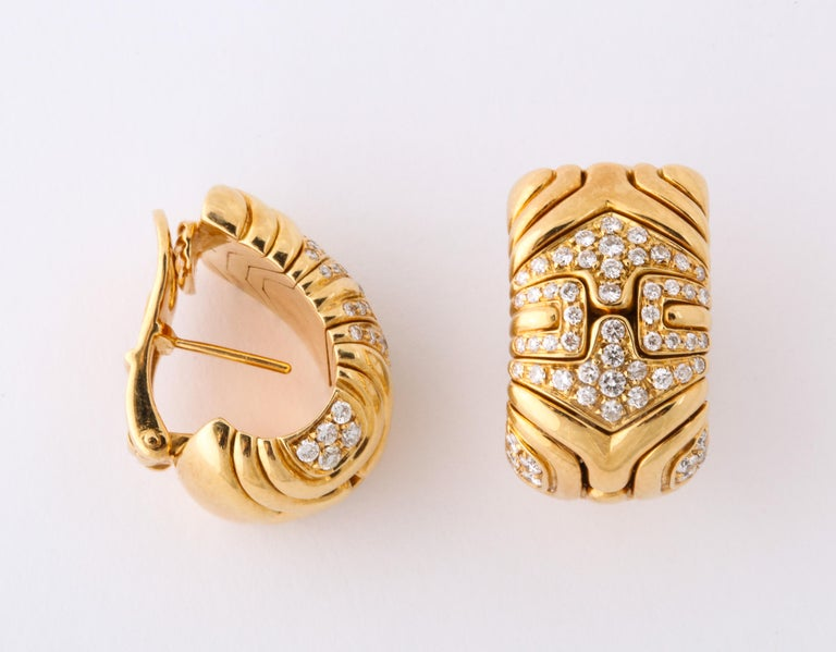 Bulgari, Pair of 18 Karat Gold and Diamond Parentesi Earrings In Excellent Condition For Sale In New York, NY