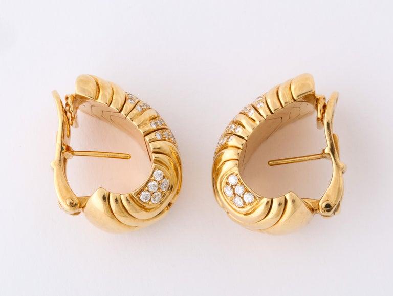 Women's Bulgari, Pair of 18 Karat Gold and Diamond Parentesi Earrings For Sale