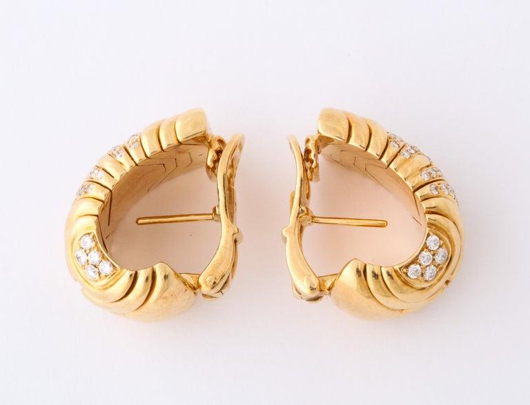 Bulgari, Pair of 18 Karat Gold and Diamond Parentesi Earrings For Sale 1