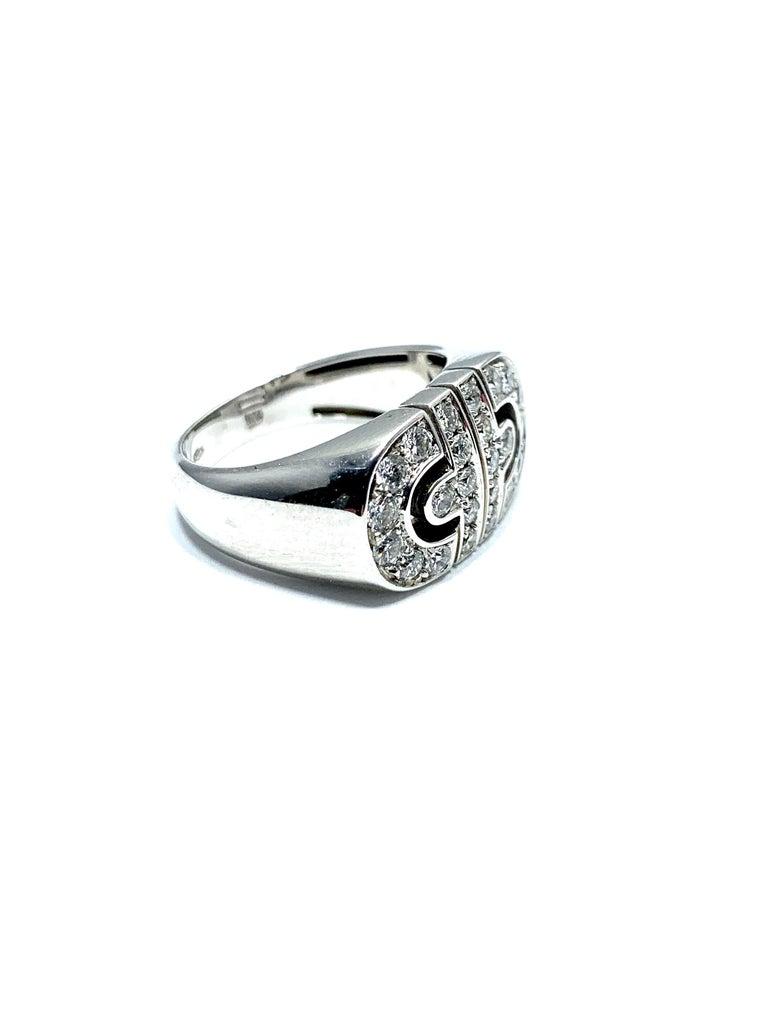 Bulgari Parentesi Diamond and 18 Karat White Gold Ring In Excellent Condition For Sale In Washington, DC