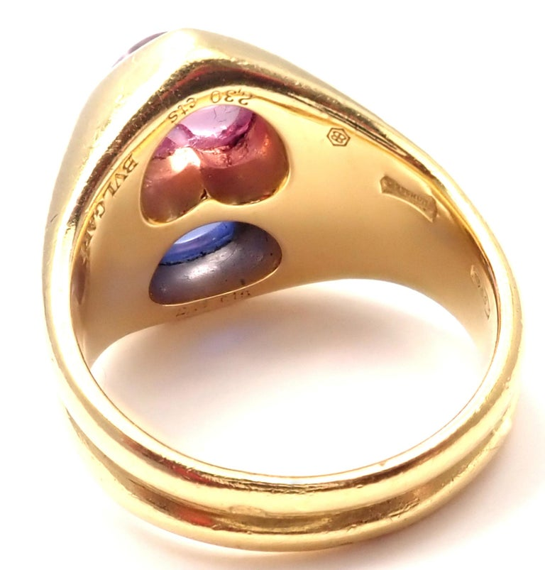 Women's or Men's Bulgari Pink and Blue Sapphire Yellow Gold Ring For Sale