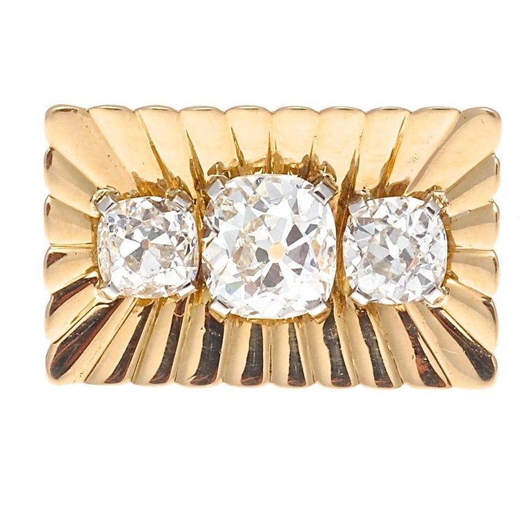 Bulgari Retro Diamond Gold Ring In Excellent Condition For Sale In Beverly Hills, CA