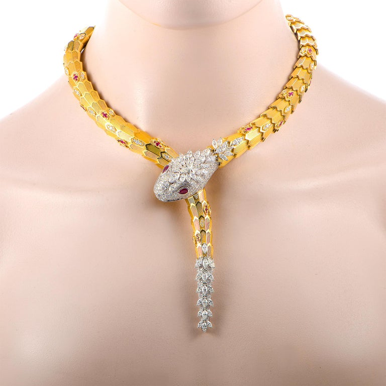 Bulgari Serpenti Full Diamond and Ruby Yellow and White Gold Snake Necklace In New Condition In Southhampton, PA