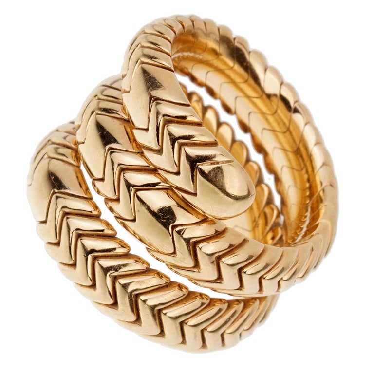 Bulgari Spiga 3-Row 18 Karat Yellow Gold Wrap Ring In Excellent Condition In Feasterville, PA