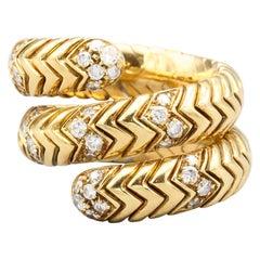 Bulgari Spiga Diamond and 18 Karat Gold Flexible Snake Ring