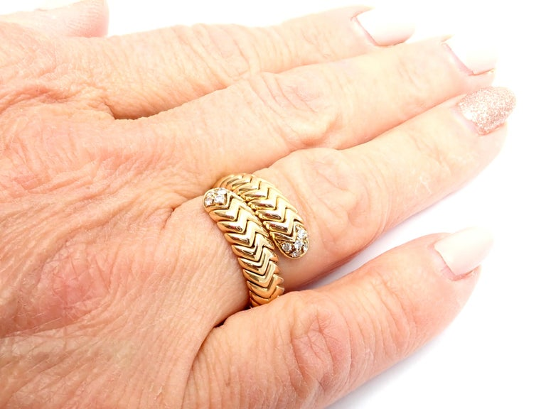 Bulgari Spiga Diamond Snake Yellow Gold Band Ring For Sale 5