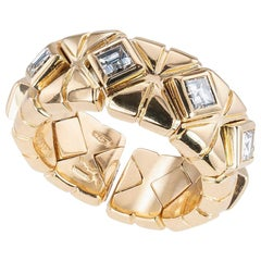 Bulgari Square Baguette Diamond Yellow Gold Ring Band