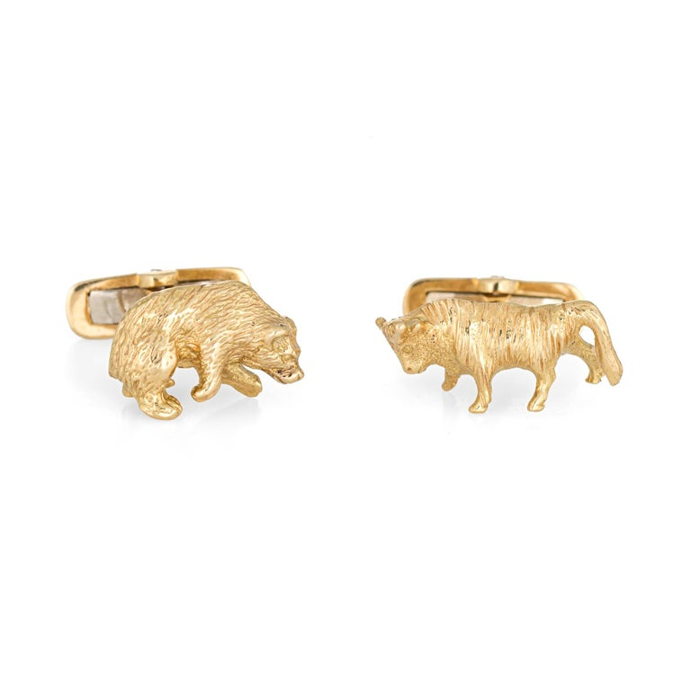Bull Bear Cufflinks Vintage 18 Karat Gold Stock Market Stockbroker Men's Jewelry In Good Condition For Sale In Torrance, CA