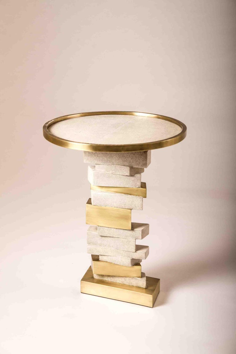 Art Deco Bullion Side Table in Cream Shagreen and Bronze-Patina Brass by Kifu Paris For Sale
