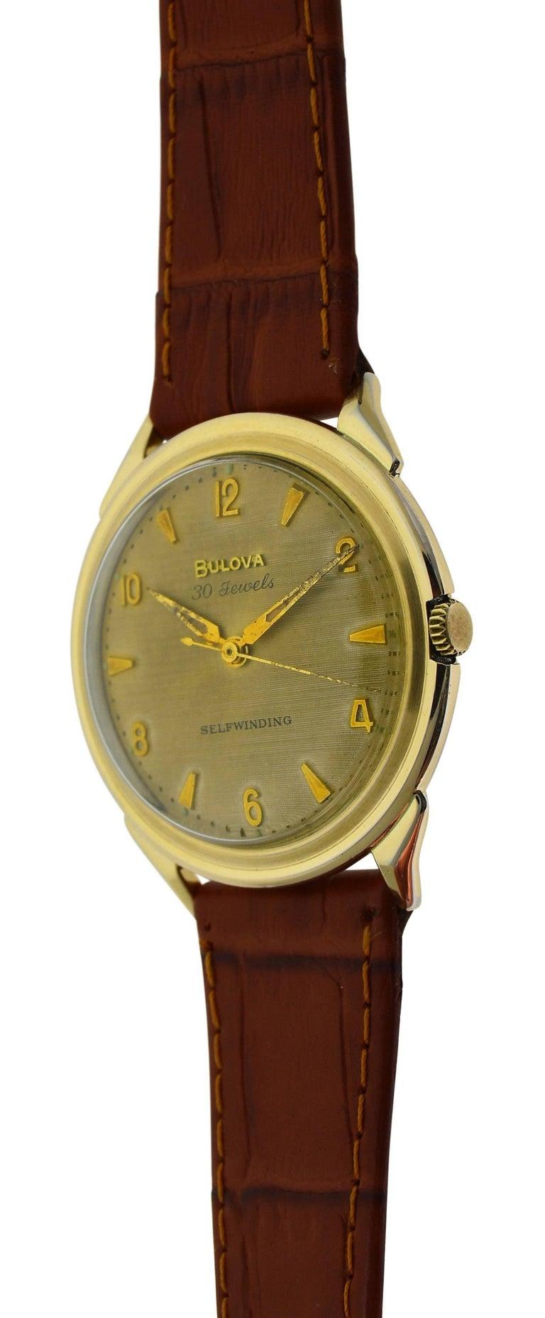 Bulova Yellow Gold Filled Art Deco Original Dial Self winding Wristwatch, 1960s For Sale 1