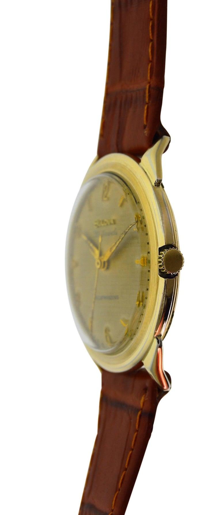 Bulova Yellow Gold Filled Art Deco Original Dial Self winding Wristwatch, 1960s For Sale 2