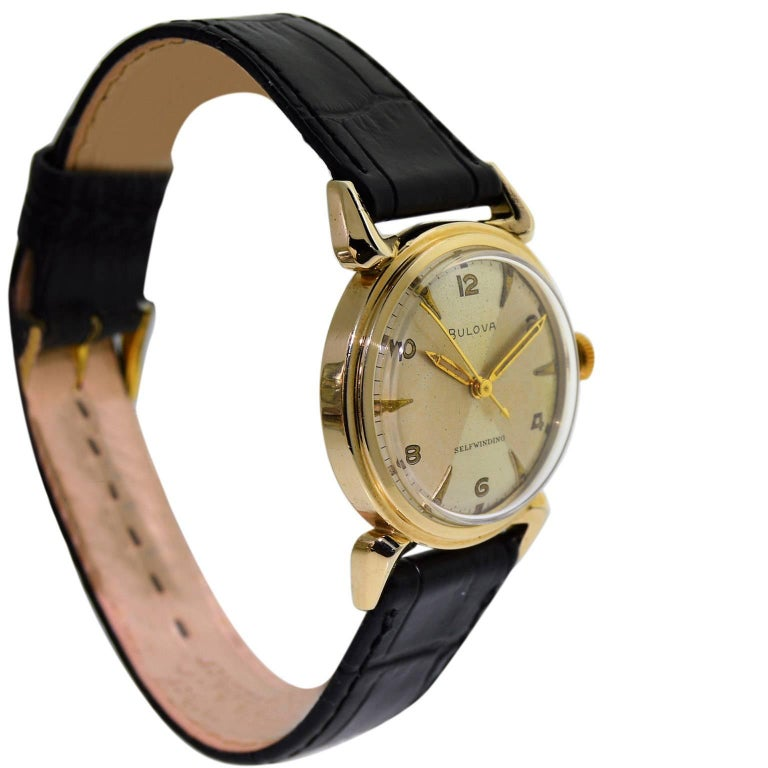 Bulova Gold Filled Quartered Dial Art Deco Self winding Wristwatch, circa 1960s In Excellent Condition For Sale In Venice, CA