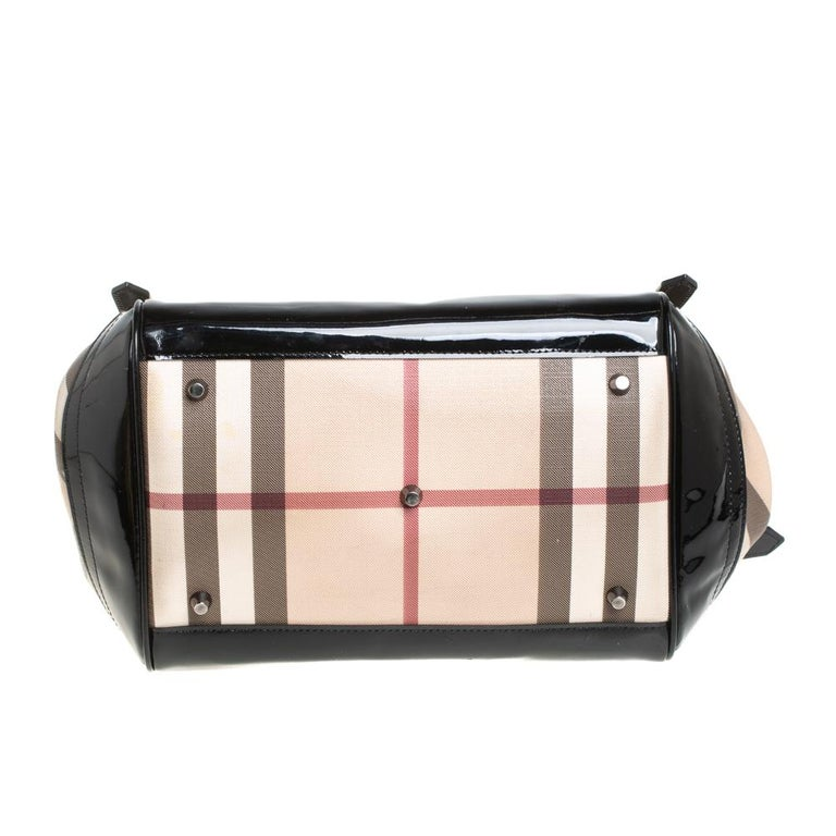 Burberry Beige/Black Nova Check PVC and Patent Leather Small Canterbury Tote For Sale 1