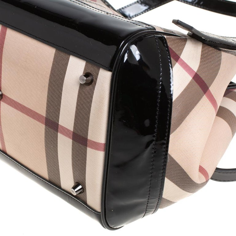 Burberry Beige/Black Nova Check PVC and Patent Leather Small Canterbury Tote For Sale 3
