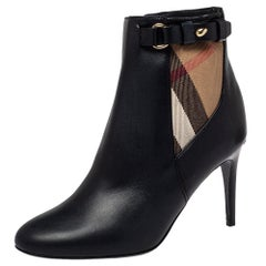 Burberry Black Leather And Nova Check Canvas Ivybridge Boots Size 35