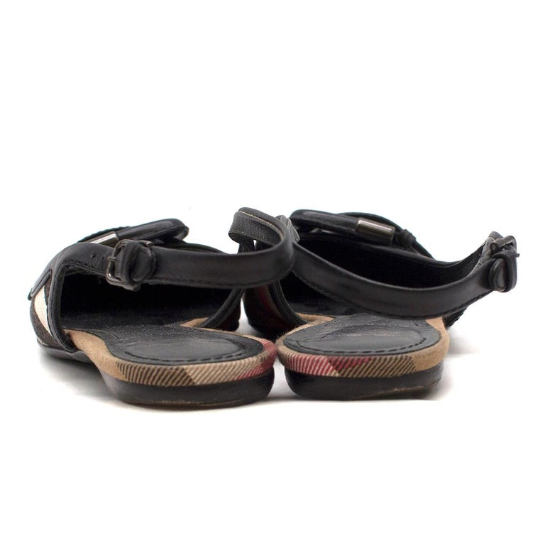 Burberry Black Leather Buckle Nova Check Slingback Flats 36.5 In Good Condition For Sale In London, GB